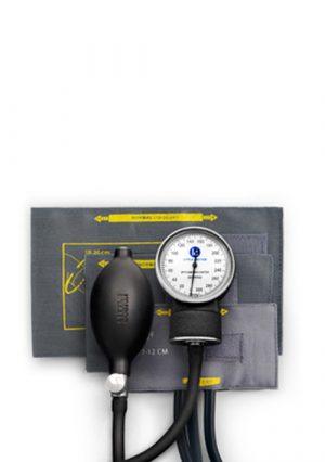 Тонометр. Прибор для измерения артериального давления у детей Little Doctor. 3 детские манжеты